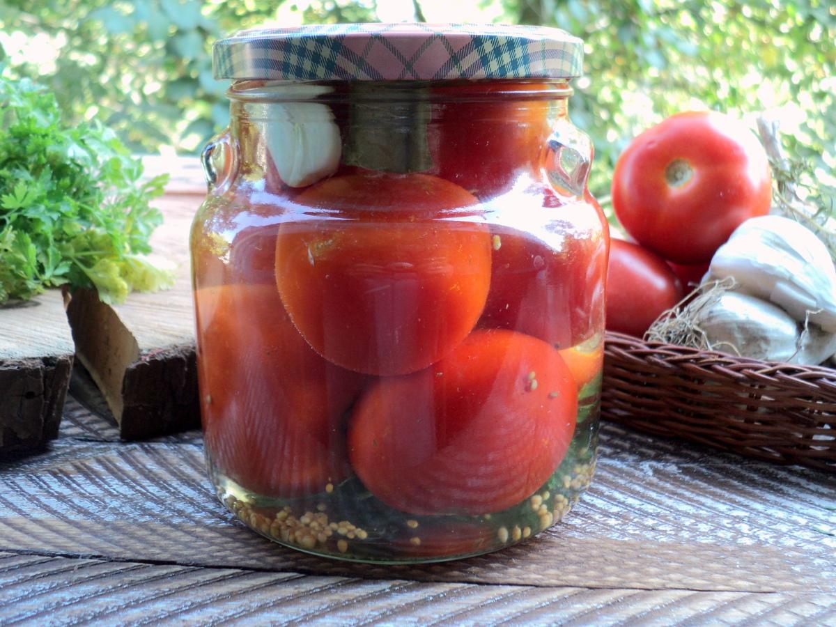 Рецепт маринованных помидор на зиму в банках