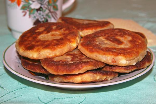 Сырники с вареньем и орехами