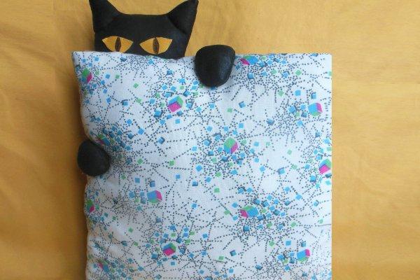 Шьем подушку «Найди кота»