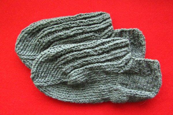 Как связать тапочки на носочных спицах