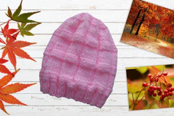 Осенняя женская шапочка спицами