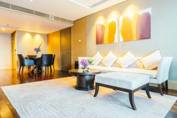 Как с помощью белого цвета украсить интерьер комнаты