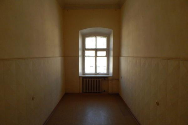 Дизайн узкой комнаты: 5 приемов грамотного оформления