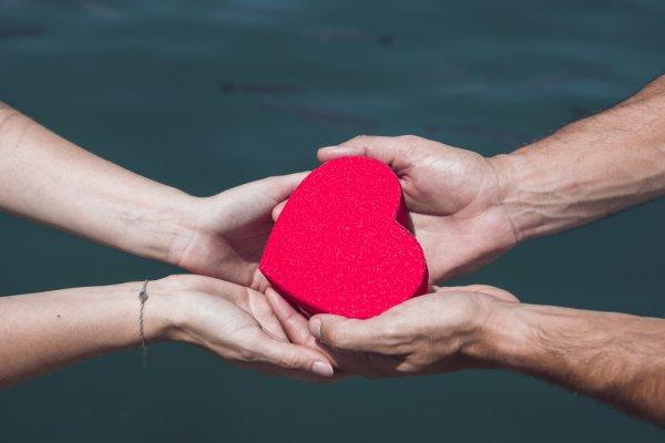 10 способов проявления любви