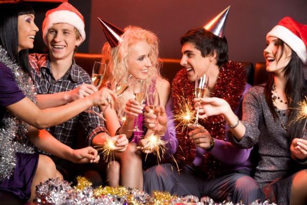 Как развлечься в новый год дома