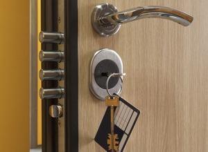 Металлические двери: полезные советы по приобретению, изготовлению и установке металлических дверей