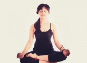 Йога поможет победить бессонницу