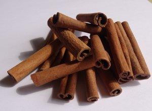 Корица: интересное о свойствах восточной пряности