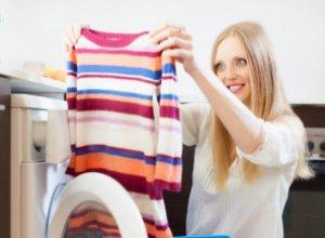 Способы удаления запаха пота с одежды