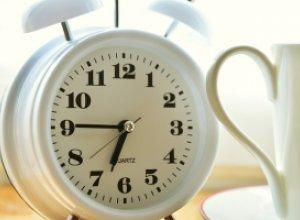 10 способов быстро проснуться