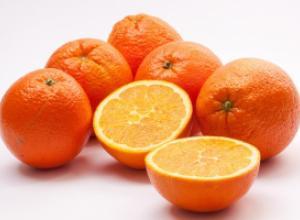 3 рецепта из апельсина для ухода за волосами