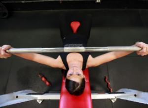 Мифы и реальность в похудении: являются ли занятие в тренажерном зале основным фактором снижения веса?