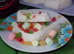 Творожное бланманже с цукатами и маршмэллоу