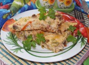 Омлет с печенью и овощами
