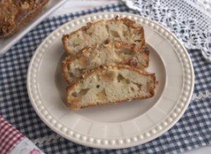 Медово-яблочный кекс с орехами