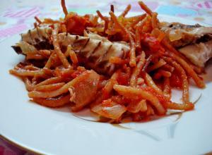 Каталонская кухня. Фидеуа — рыба, запеченная с итальянской пастой