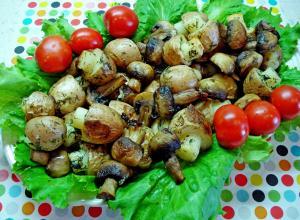Запеченный картофель в форме грибов