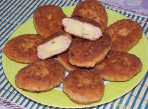Зразы из красной рыбы с картофельным пюре