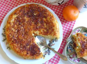 Нежная капустная запеканка с сыром, чесноком и зеленью