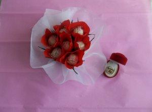 Как сделать «Валентинку» из конфет