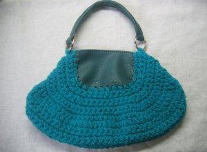 Мастер-класс по созданию комбинированной сумочки из кожзама и вязаного полотна