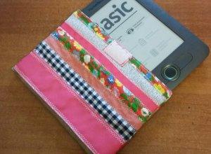 Шьем чехол для электронной книги из лоскутков ткани
