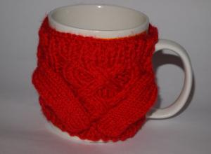 Вязаный свитер на кружку