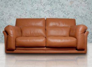4 несложных правил ухода за кожаной мебелью