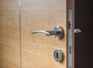 Что обязательно следует учитывать при выборе ручек для входных и межкомнатных дверей