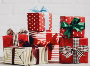 Подарки на Новый год: стоит ли верить в приметы?