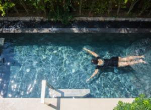 Как обустроить бассейн на своем участке?