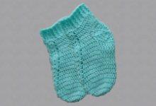Вяжем детские ажурные носочки крючком
