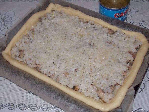 Пирожки с рисом и рыбной консервой рецепт с пошагово
