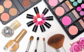 Как правильно хранить косметику?